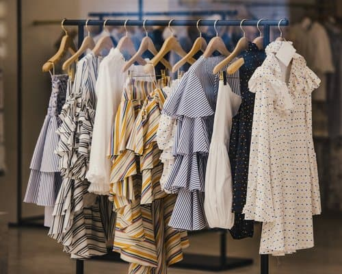 Search campaigns for boutique clothing stores
